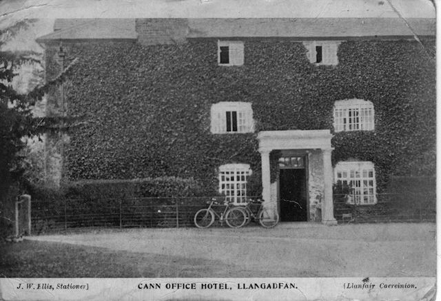 Cann Office Black and White Postcard ~1905